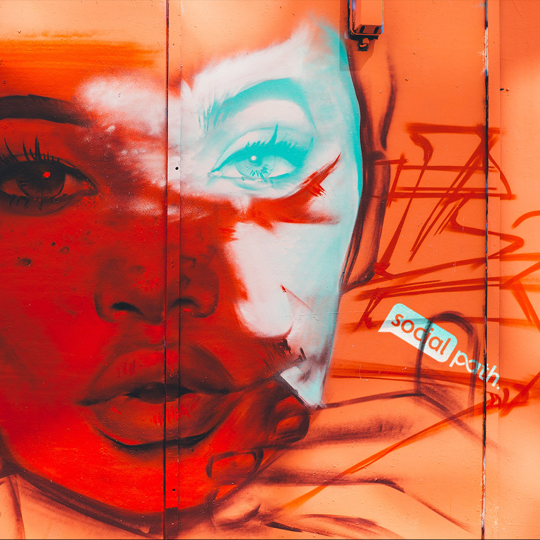Social Path Grafetti woman